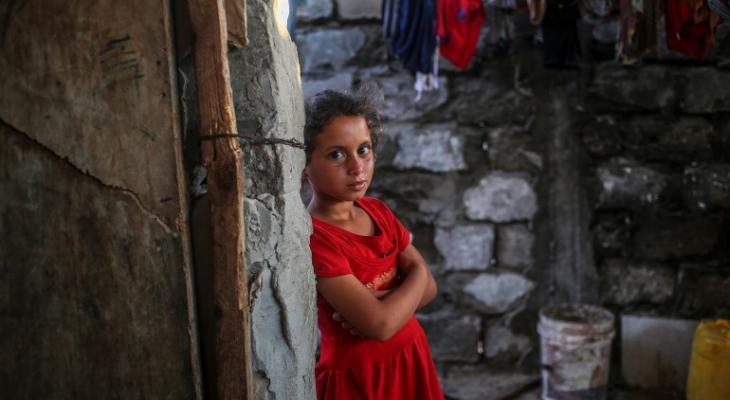 بدء صرف المساعدات النقدية للأسر المتعففة في قطاع غزة