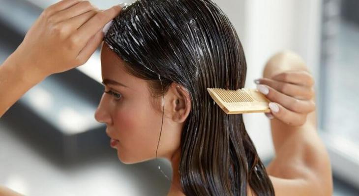 ماسكات طبيعية لإصلاح الشعر التالف فى الشتاء