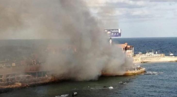 حريق ضخم في 4 مطاعم على كورنيش الإسكندرية.jpg