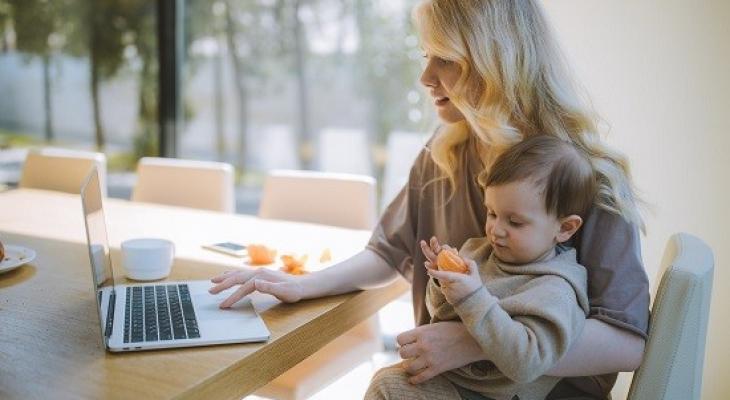 كيف تغلبين على سلبيات العمل من المنزل