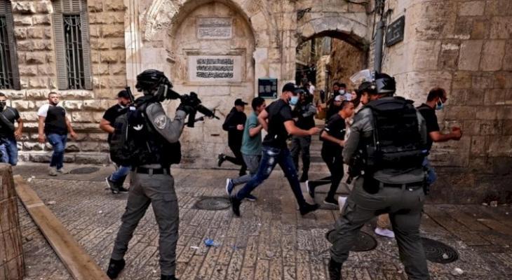 شاهد.. الاحتلال يزعم إصابة شرطي إسرائيلي بعملية طعن في القدس