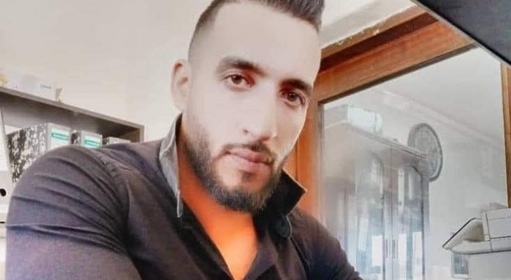عائلة الأسير المضرب كايد الفسفوس تُحمل الاحتلال مسؤولية مصير ابنها
