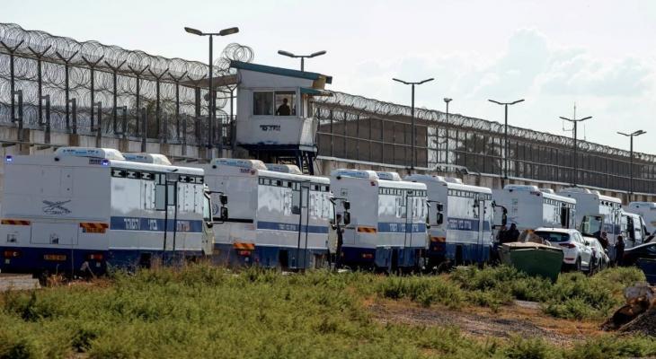 الاحتلال يقرر منع نقل أسرى الجهاد من سجن عوفر إلى سجون أخرى لهذا السبب!