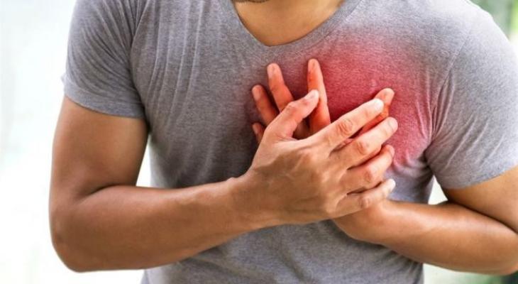"""بالفيديو: أعراض تنذر بأن """"قلبك"""" في خطر"""