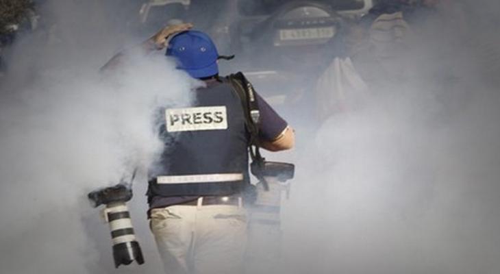 تقرير يرصد انتهاكات الاحتلال بحق الصحفيين خلال شهر يوليو الماضي