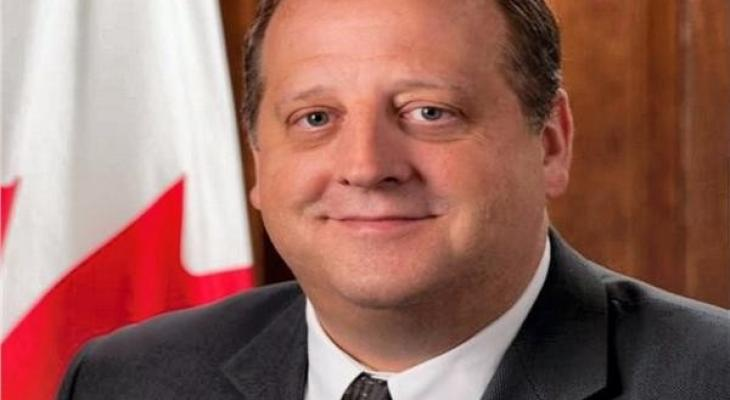 سفير كندا.jpg