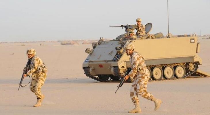 الجيش المصري يدمر 10 آليات عسكرية على الحدود الليبية