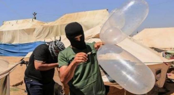 """الإعلام العبري يكشف عن مخطط """"ليبرمان"""" للرد على استمرار تساقط البالونات الحارقة"""