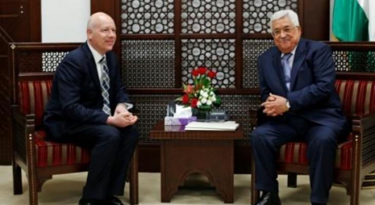 عباس والمبعوث الامريكي.jpg