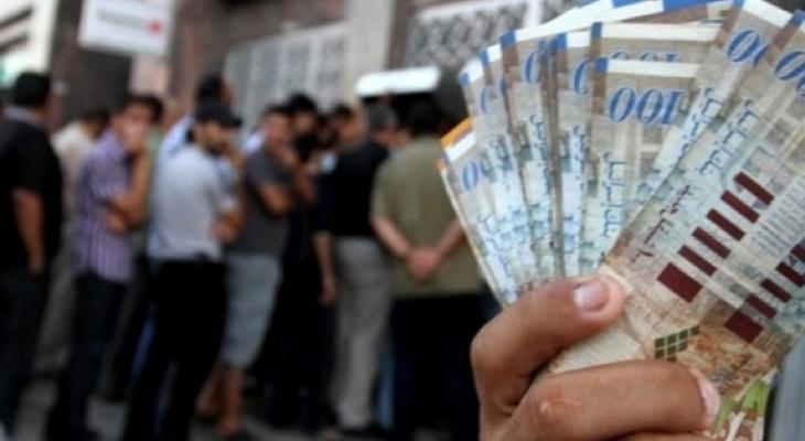 فحص أسماء المستفيدين من شيكات الشؤون الاجتماعية بغزّة