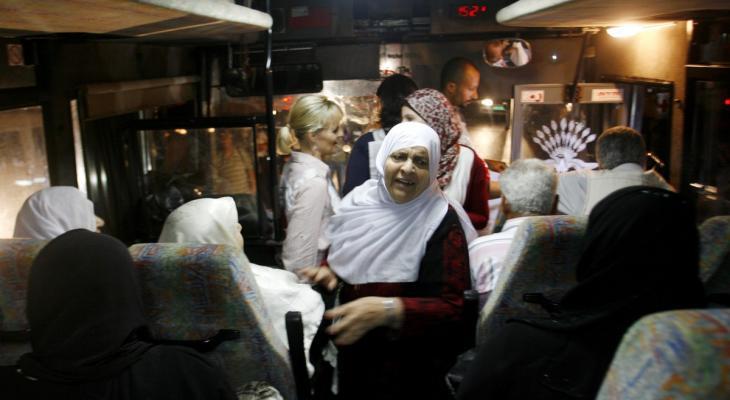 20 من أهالي أسرى غزة يزورون 13 أسيرًا بـريمون.jpg