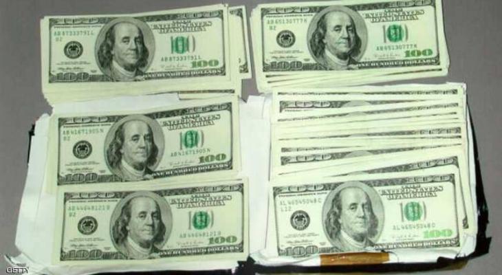 الدولار : يرتفع مع هبوط اليورو والآفاق ما زالت قاتمة