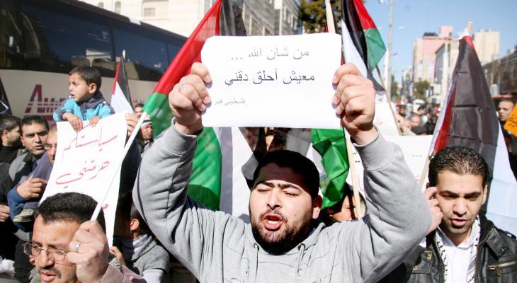 """مراقبون لـ""""خبر"""": تردي الأوضاع الاقتصادية بـ""""غزّة"""" أدى لإغلاق كبرى الشركات والمصانع"""