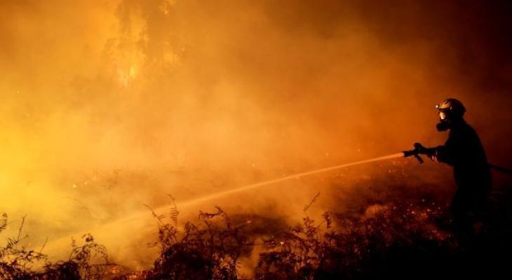إجلاء آلاف الأشخاص في إسبانيا إثر حرائق كبيرة.jpg