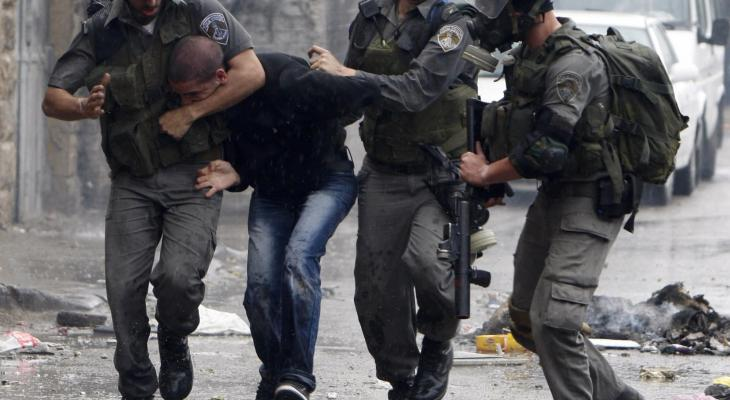 الاحتلال يعتقل شبان فلسطسنيين
