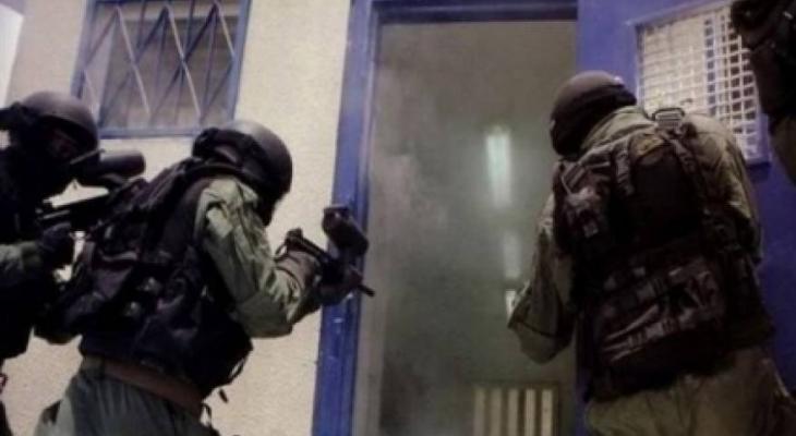 """""""أسرى حماس"""" تُحذر من خطوات تصعيدية للكشف عن مصير أسرى قسم3 بسجن """"جلبوع"""""""