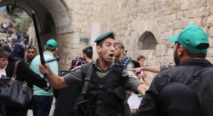الاحتلال يُبعد مسنة مقدسية عن الأقصى والبلدة القديمة لستة أشهر - وكالة خبر  الفلسطينية للصحافة
