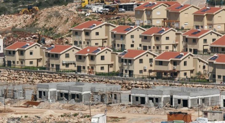 """قناة عبرية: الجيش """"الإسرائيلي"""" يُجري تحقيقًا بتأخير إخلاء بؤرة استيطانية"""