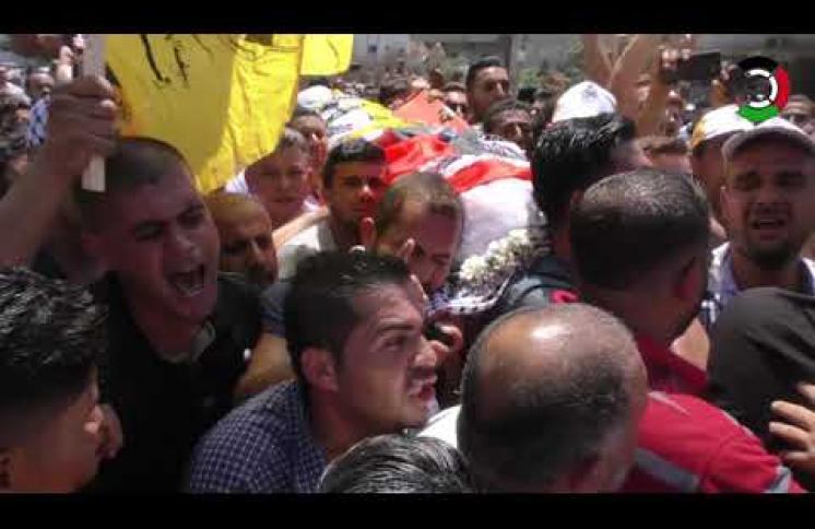 الآلاف يُشيّعون جثمان شهيد الغربة تامر السلطان في غزّة