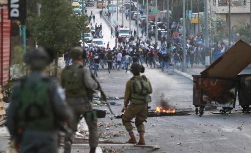 إصابة 10 مواطنين خلال قمع الاحتلال مسيرة بيت دجن شرق نابلس