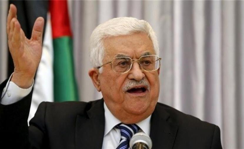 """الرئيس يُجري عدة اتصالات مع مسؤولي """"فتح"""" في غزّة لمتابعة الأوضاع"""