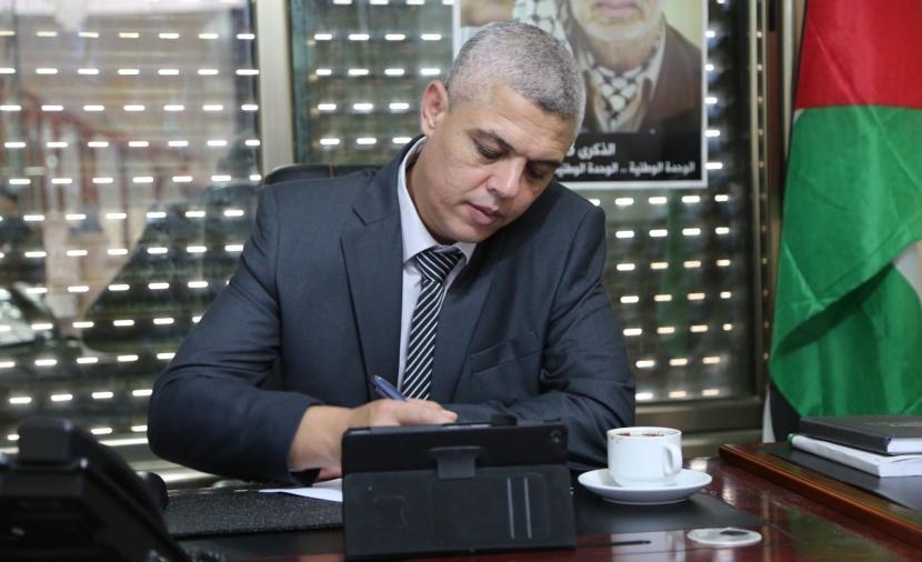 نادر: نقابة الصحفيين تغيبت عن وقفة داعمة للزميل إياد حمد ولم تتواصل معه حتى اللحظة - وكالة خبر الفلسطينية للصحافة