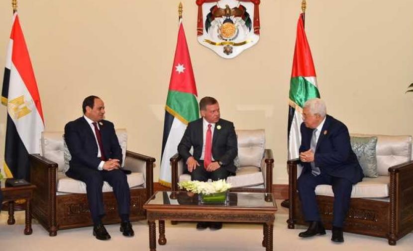 بدء القمة الثلاثية بين الرئيس عباس ونظيره المصري والملك عبد الله الثاني