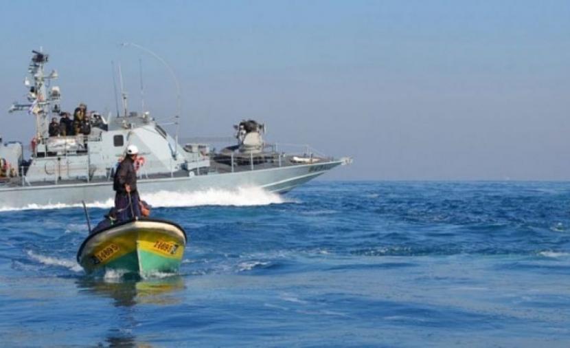 الاحتلال يعتدي على المواطنين بالقرب من الحدود البرية والبحرية لغزة
