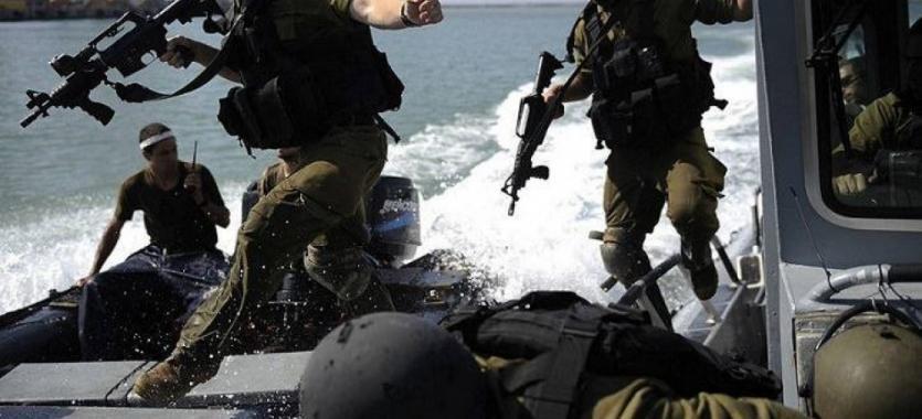بحرية الاحتلال تعتقل صياديْن بعد إصابتهما بالرصاص في بحر خانيونس