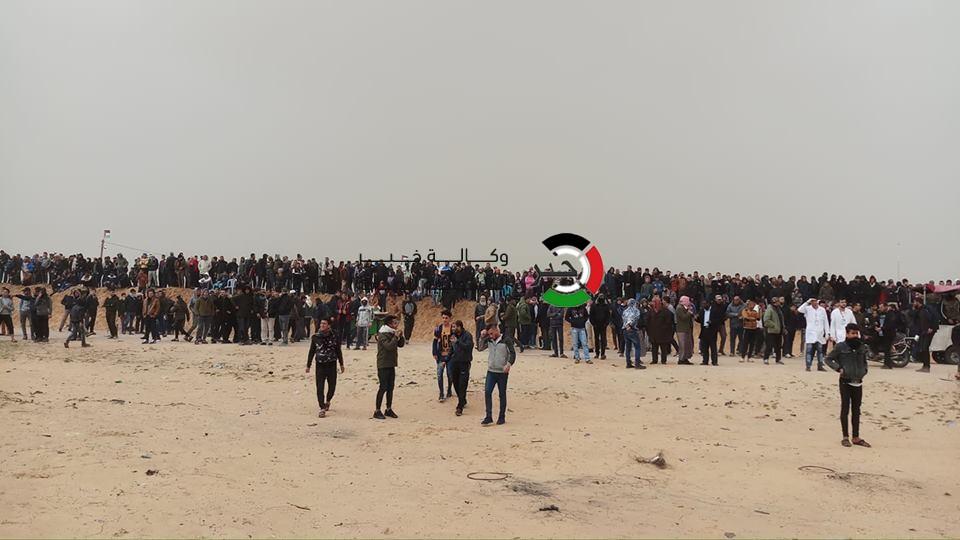 بالفيديو والصور: 4 شهداء وعشرات الإصابات بقمع الاحتلال مليونية الأرض والعودة شرق غزّة
