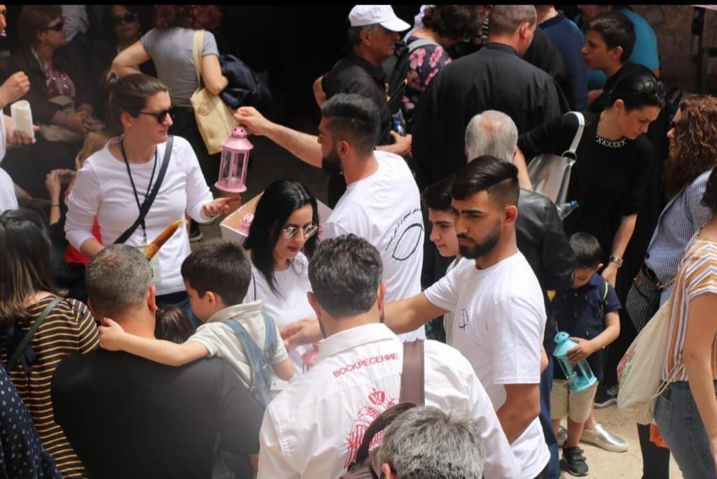 بالصور: التجمع الوطني المسيحي يُحيي عيد القيامة في شوارع القدس
