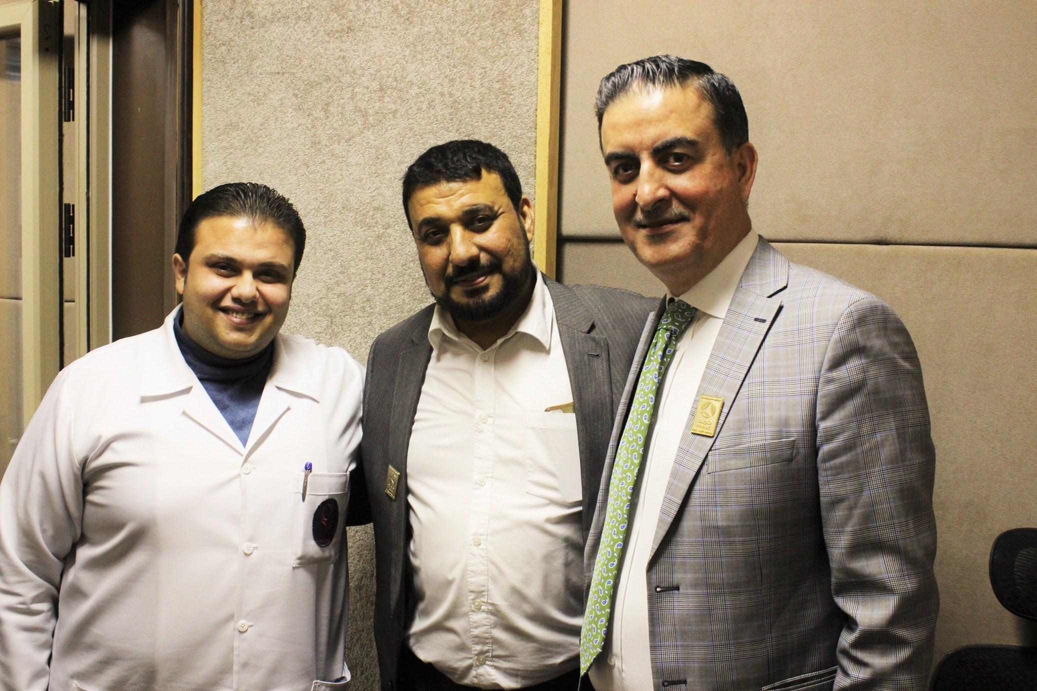 وفد من وزارة الصحة القطرية يصل غزة لافتتاح مستشفى الشيخ حمد