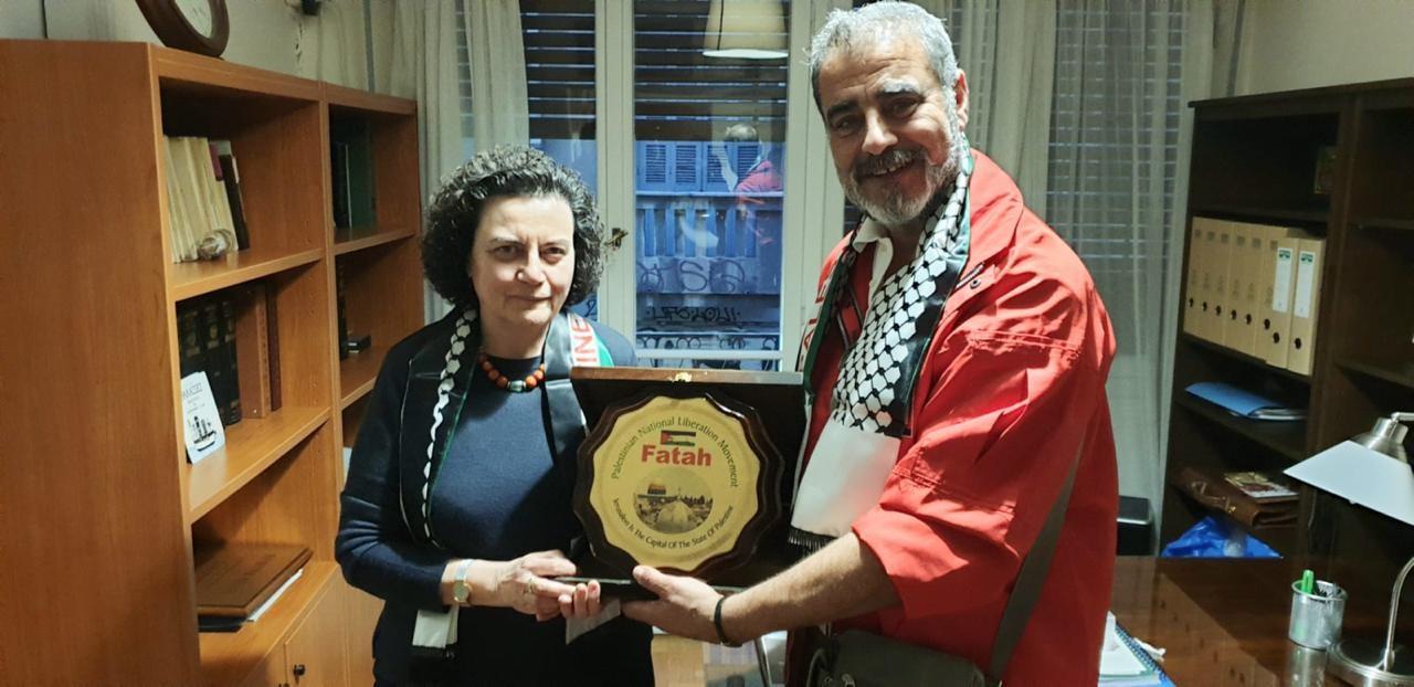 وفد من التيار الإصلاحي يُطلع وزيرة يونانية سابقة على تطورات القضية الفلسطينية