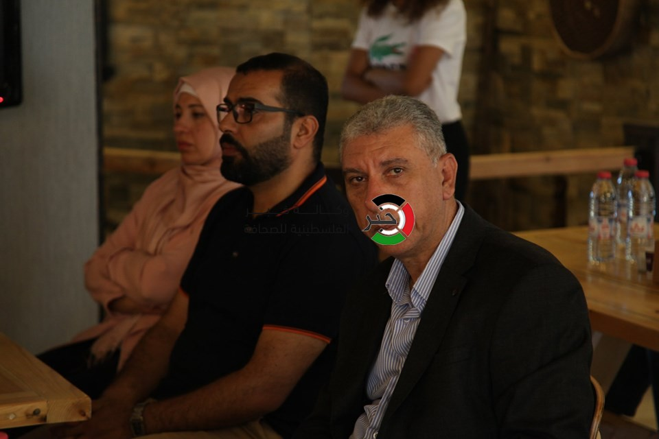 بالفيديو والصور: أهالي غزّة المقيمين في الضفة يبحثون أوضاعهم وسبل ضمان حرية تنقلهم