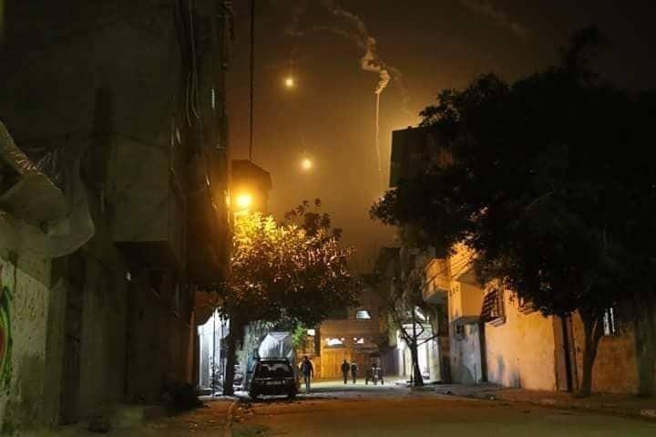 الاحتلال يُصيب شابًا بزعم تنفيذه عملية تسلل شرق غزّة