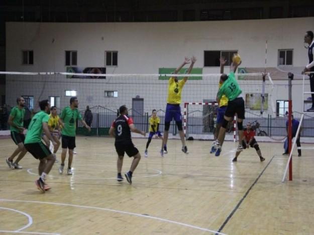 فوزان للصداقة وخدمات جباليا بدوري جوال لكرة الطائرة بغزة