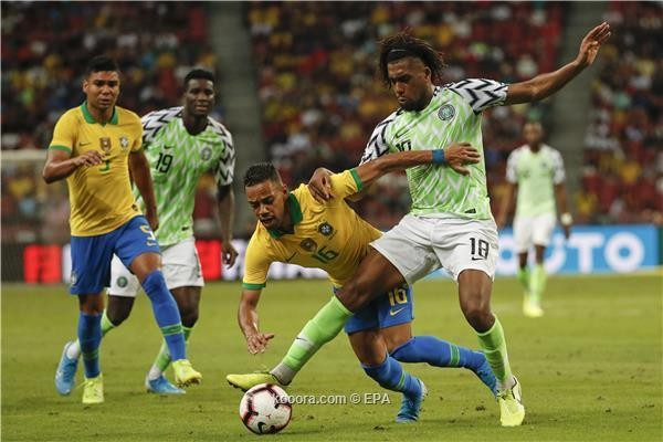 البرازيل تتعادل مع نيجيريا في مباراة إصابة نيمار