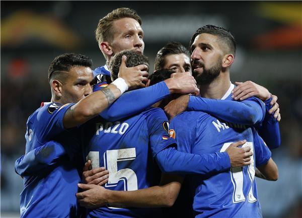 إشبيلية يسحق ديديلانجي في الدوري الأوروبي