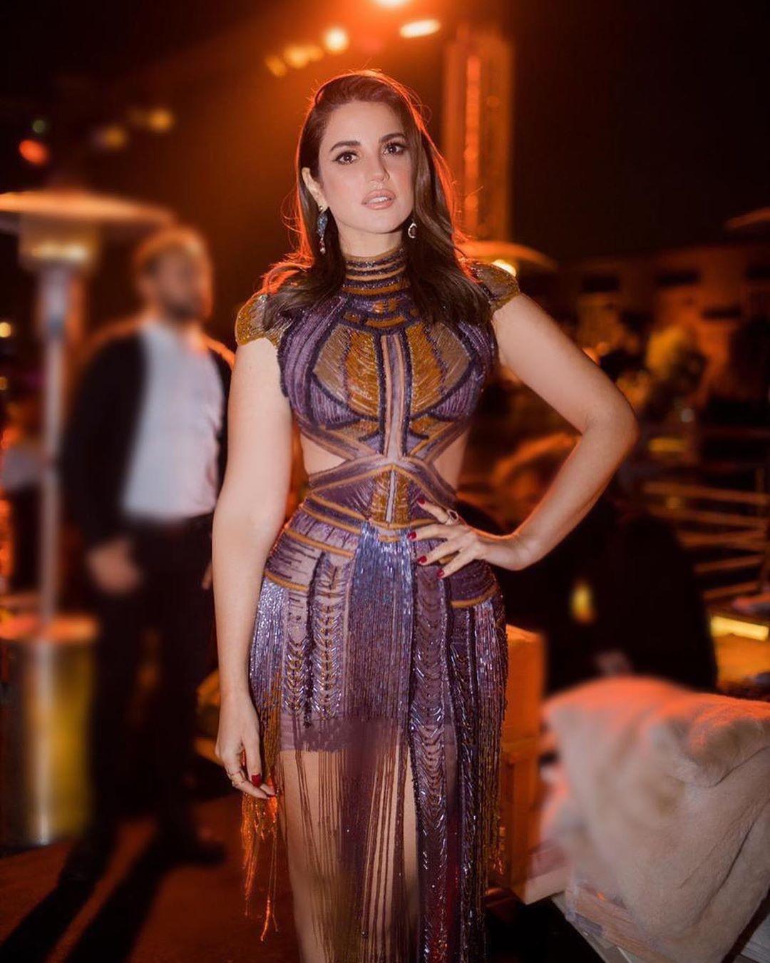 """بالصور: قصة فستان الفنانة """"درة """" فى مهرجان القاهرة السينمائي"""
