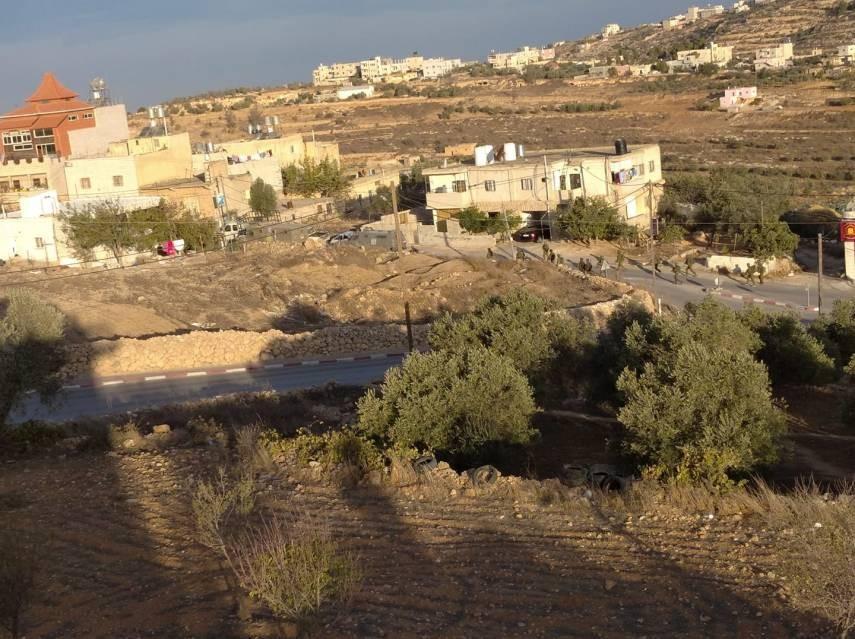الاحتلال يشنّ حملة اعتقالات ومداهمات في الضفة الغربية