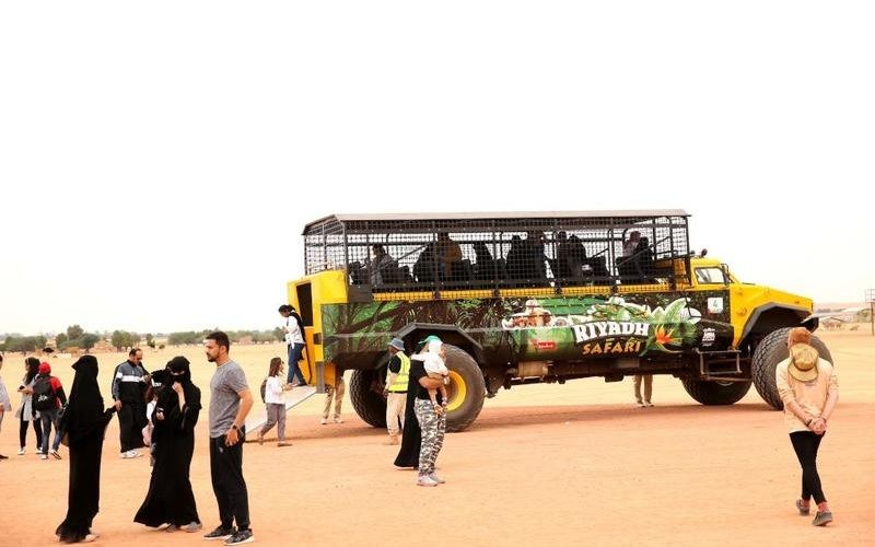 """بالفيديو والصور: السعودية """"سفاري الرياض"""" رحلة في قلب عالم الحيوان"""