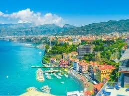 """بالصور: يمكنك شراء منزل في بلدة """"إيطالية"""" مقابل يورو واحد فقط بشرط!"""