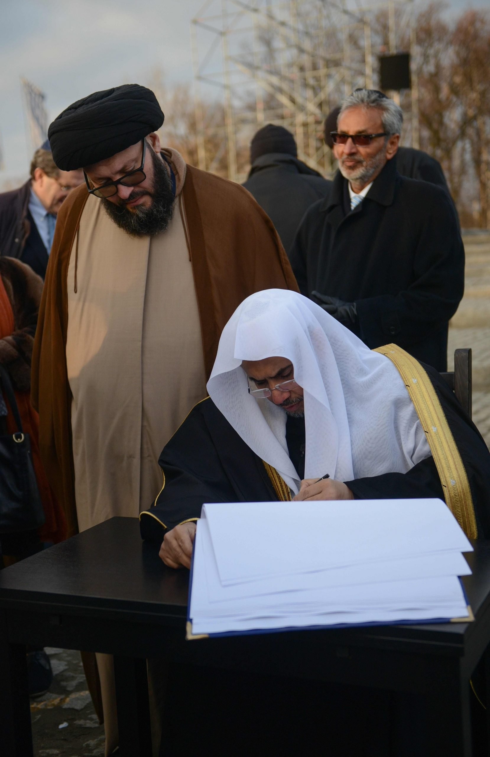 """مسؤولون مسلمون ويهود يزورون بولندا تكريماً لضحايا محرقة """"الهولوكوست"""""""