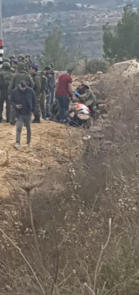 """الاحتلال يصيب مواطنًا بزعم محاولة تنفيذ عملية طعن قرب """"غوش عتصيون"""""""