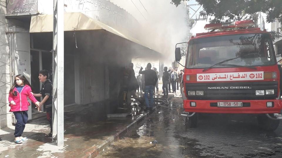 اندلاع حريق في محل ملابس بحي النصر