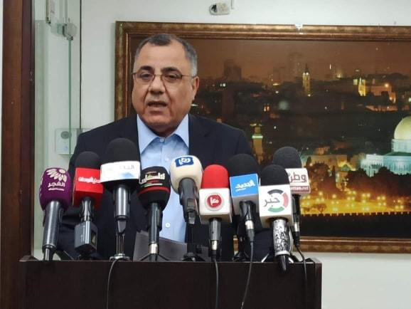 """بالفيديو والصور: ملحم يُعلن وفاة أول حالة مصابة بفيروس """"كورونا"""" في فلسطين"""