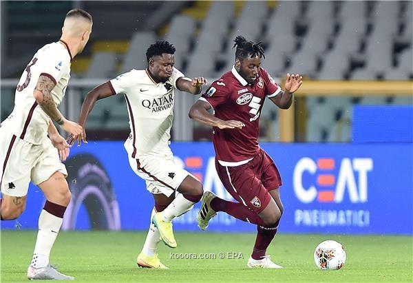 بالصور : روما يفوز على تورينو ويضمن المركز الختمس في الدوري