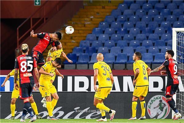 بالصور : جنوى يفوز على فيرونا ويتجو بنفسه من الهبوط