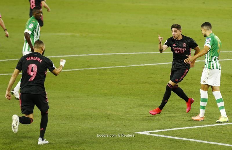 بالصور : ريال مدريد يتغلب على ريال بيتيس بصعوبة في اول مباراة له هذا الموسم