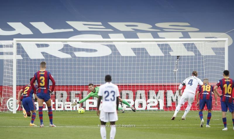 بالصور: ريال مدريد يستعيد توازنه بدك شباك برشلونة